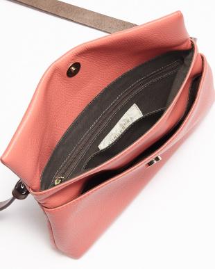 ピンク イタリアレザー ショルダーバッグを見る