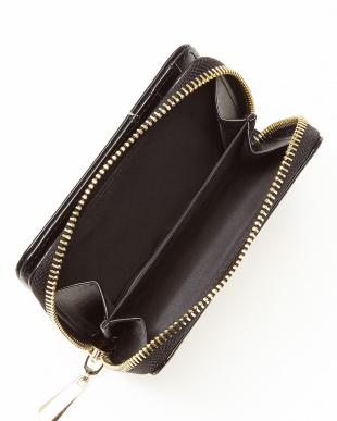 ブラック 二つ折り財布 WOMENを見る