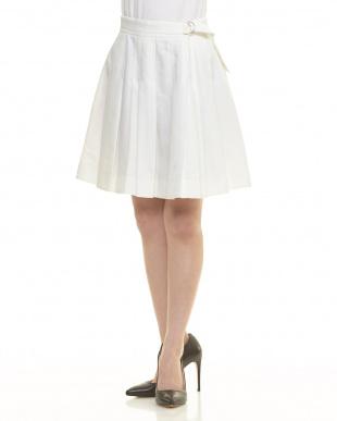 ホワイト系 ベルト付き風デザインプリーツスカートを見る