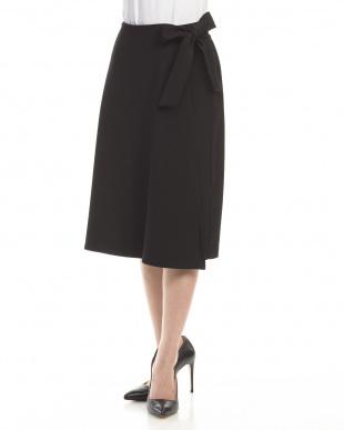 ブラック 二重織ツイル ラップデザイン スカートを見る