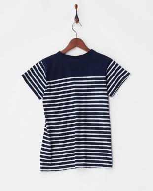 ネイビーブルー インディゴパネルボーダーTシャツを見る