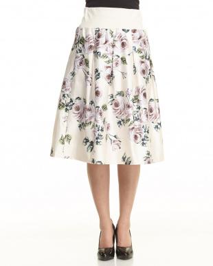 ベージュ フラワープリントスカートを見る