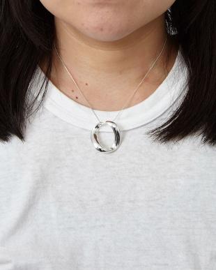 Silver ツイストネックレスを見る