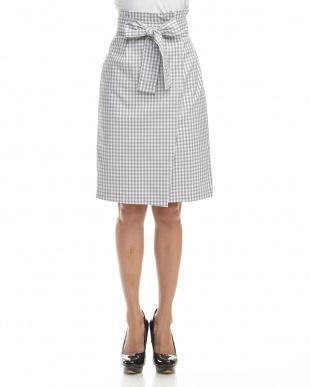 グレー サッシュベルトツキタイトスカートを見る