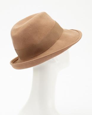 053 帽子見る
