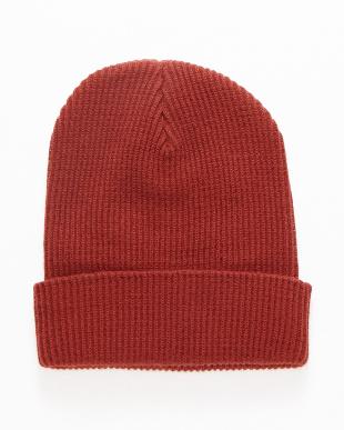 069 帽子見る