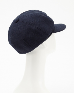 093 帽子見る