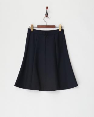 ネイビー スカート見る