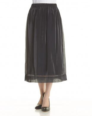 BLK ブライトシャンブレー ギャザー スカートを見る