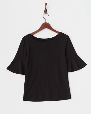 black pattern DUBAI T-shirtを見る