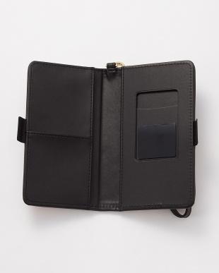 ブラック 水彩フラワー スマートフォン用手帳型マルチケースを見る