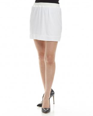 MS01/WHITE インナースカートを見る