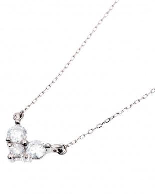 K18WG 天然ダイヤモンド 3石 計0.3ct ネックレスを見る