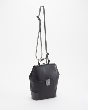 BLACK REFINED LEATHER BACKPACK見る