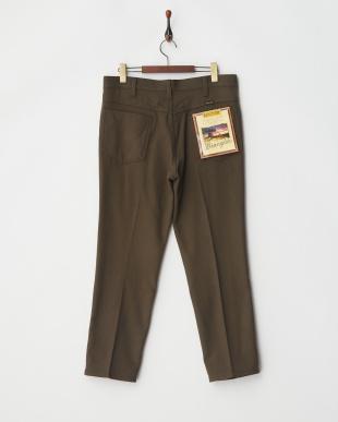 brown パンツ見る