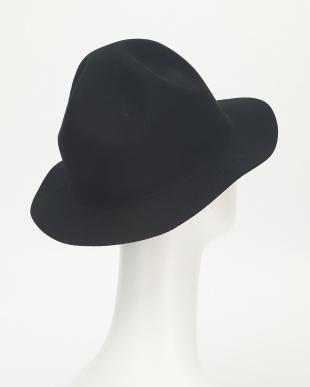 C.gray 帽子見る