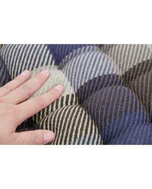 ブルー インド綿ウール混シートクッション メルモを見る