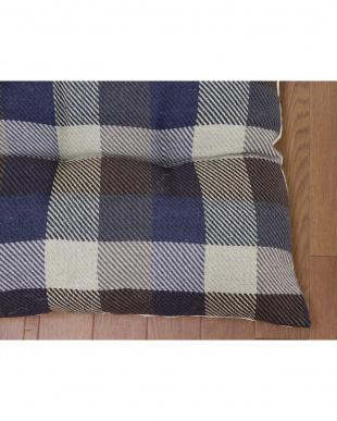 ブルー インド綿ウール混長座布団 メルモ 68×120cmを見る