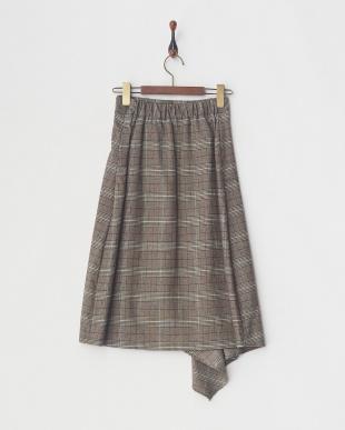 コゲ茶系 アシンメトリーヘムAラインスカート見る