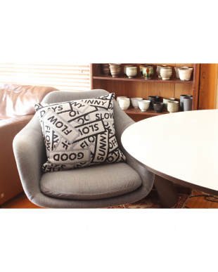 BK BLOCK MESSAGE CUSHION COVER 45×45見る