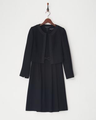 ブラック サテン縁取りジャケット&ワンピース アンサンブルを見る