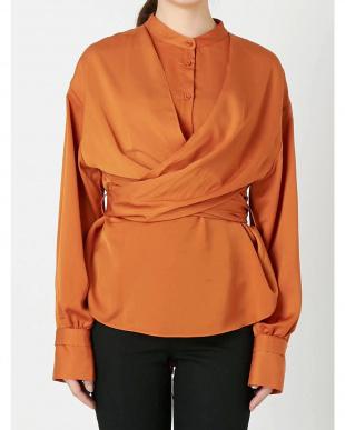 オレンジ ワイドウエストシャツ EMODA見る