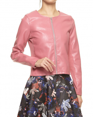 ピンク ジャケット見る