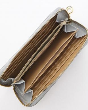 ライトグレー イタリアンカーフ長財布を見る