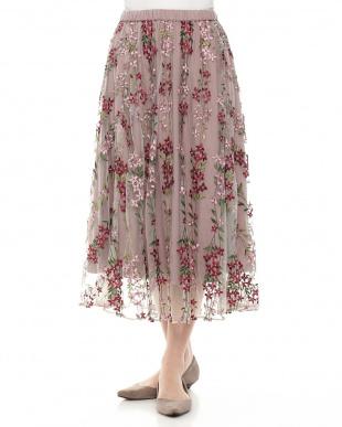 PU フラワー刺繍フレアスカートを見る