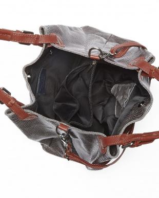 ダークグレー バッグを見る
