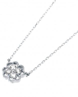 K18WG 天然ダイヤモンド 計0.1ct クローバー ネックレスを見る