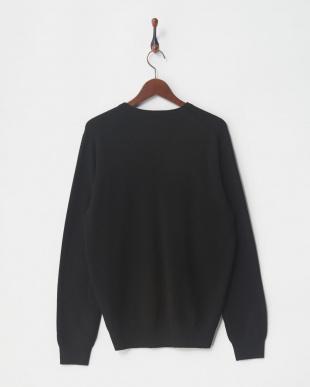 ブラック セーターを見る