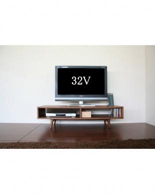 ブラウン  TV Board見る