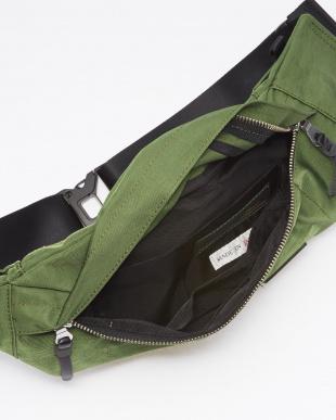 OLV(オリーブ) 日本製 液流染色ナイロン×ヌメ革 ボディバッグ(ウエストバッグ)見る