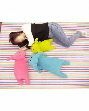 ピンク moz 抱き枕 Mを見る