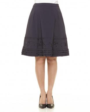 29 タフタ刺繍スカート見る
