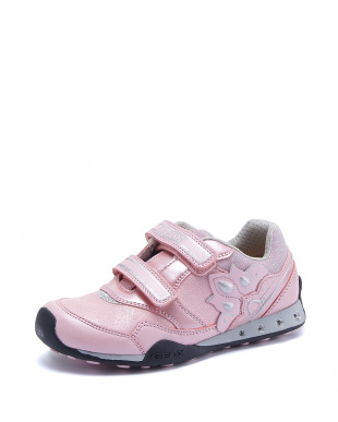 PINK  SNEAKERS見る