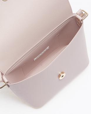 ピンク バッグ見る