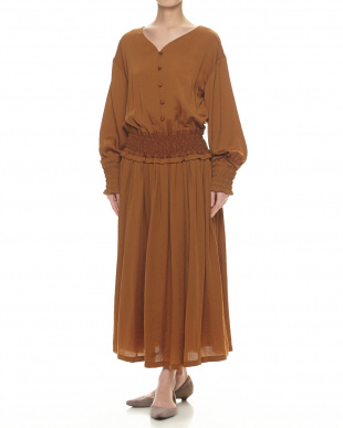 BROWN シャーリングドレスを見る