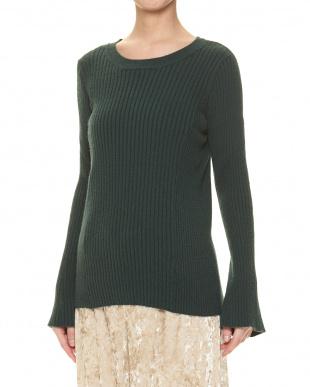 グリーン セーターを見る