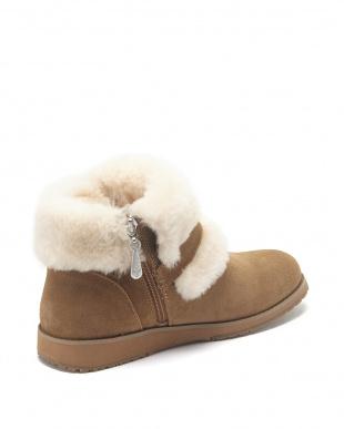 Chestnut Oxley Fur Cuff見る