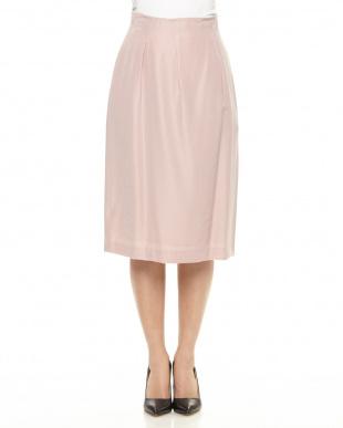薄ピンク  スカート見る
