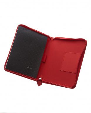 レッド サフィアーノジップ タブレットケース スモールサイズを見る