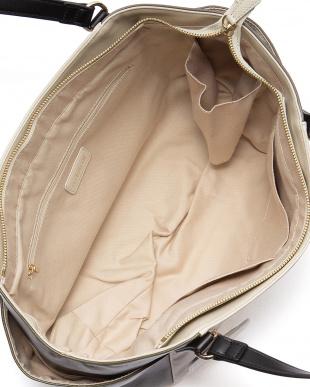 MO/OL 手提げバッグを見る