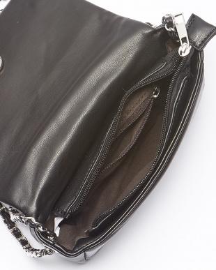 ブラック パフィーキルティングバッグ見る