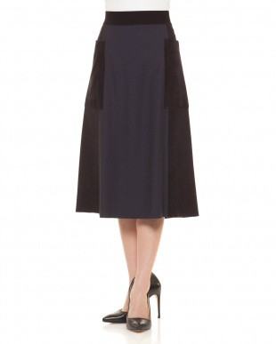D20415-7039 スカートを見る