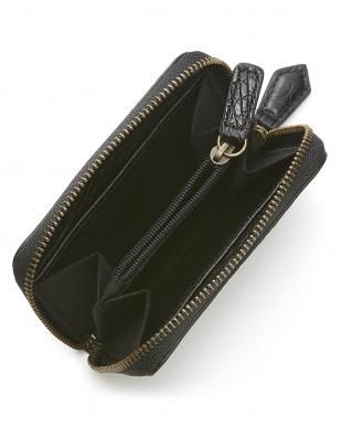 ブラック  カイマンワニ革&牛革クロコ型押しコインケース見る