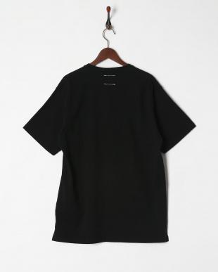 ブラック  半袖Tシャツ見る