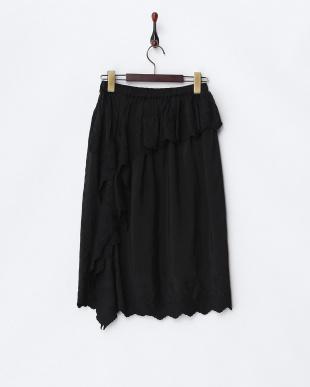 ブラック フラワーエンブロイダリースカートを見る