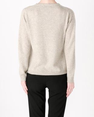 ライトグレー カシミヤセーターを見る